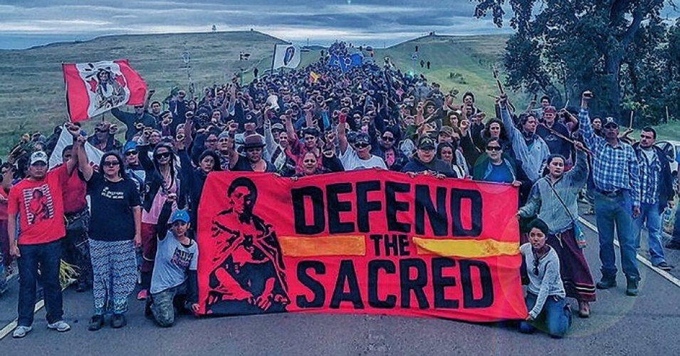 Defend_the_sacred-north-dakota-pipeline-protest-native-americans