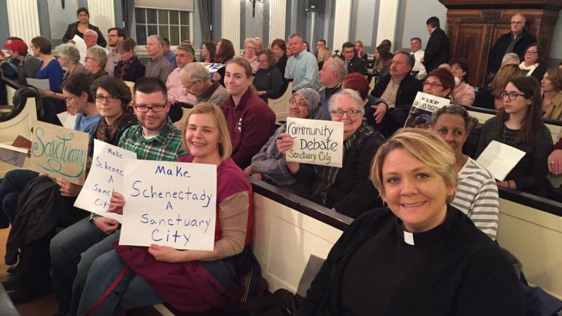Sanctuary-city-meeting-schenectady-from-170227-picture-tweeted-out-by-rabbi