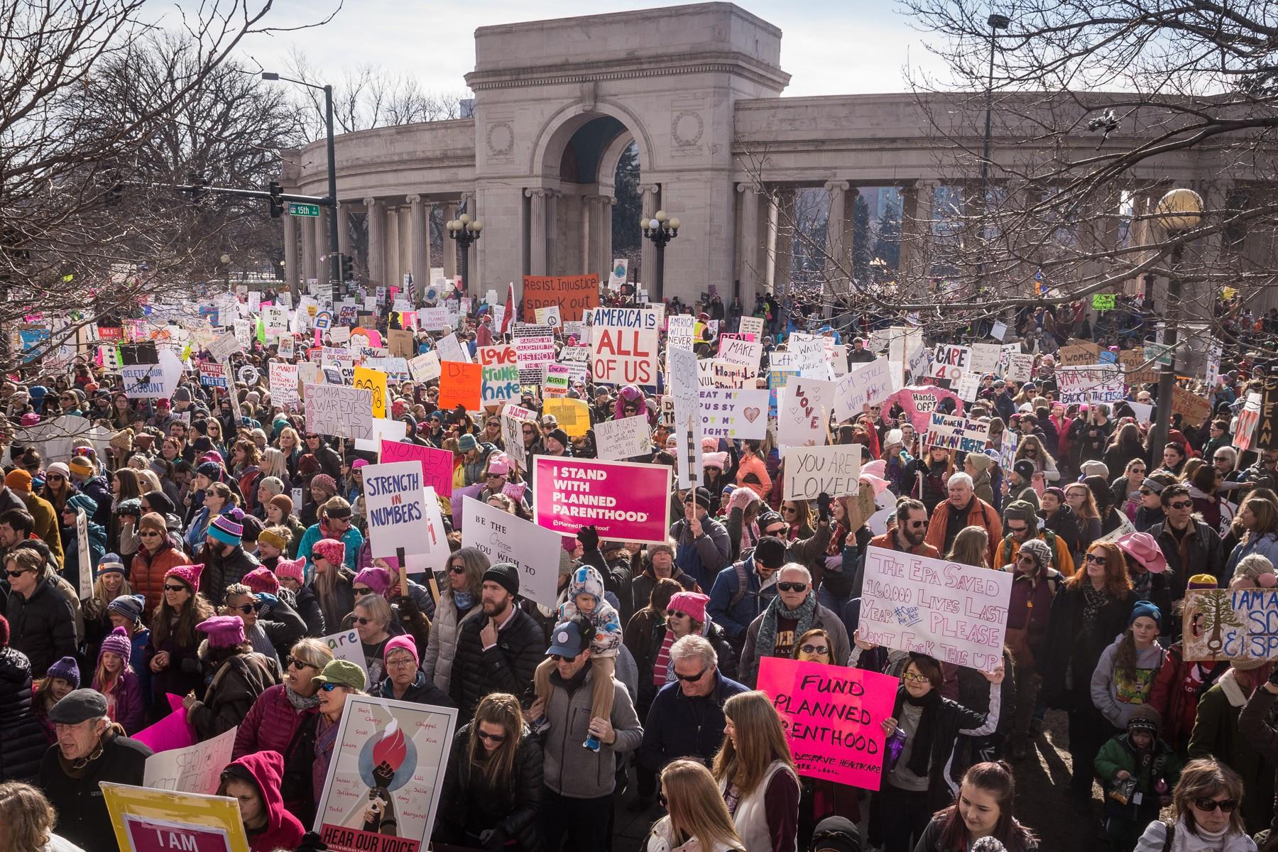 Den_news_20170121_women_s_march_on_denver_ken_hamblin_001