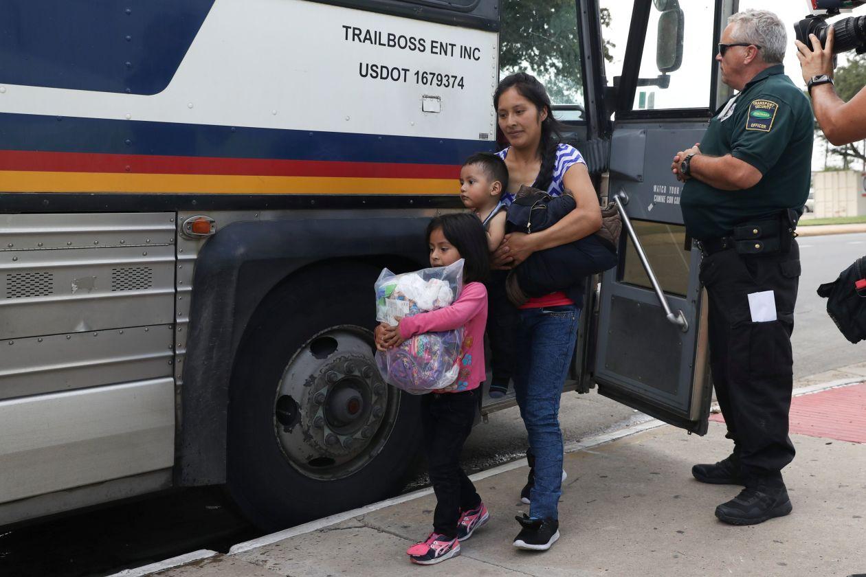 Families_bus