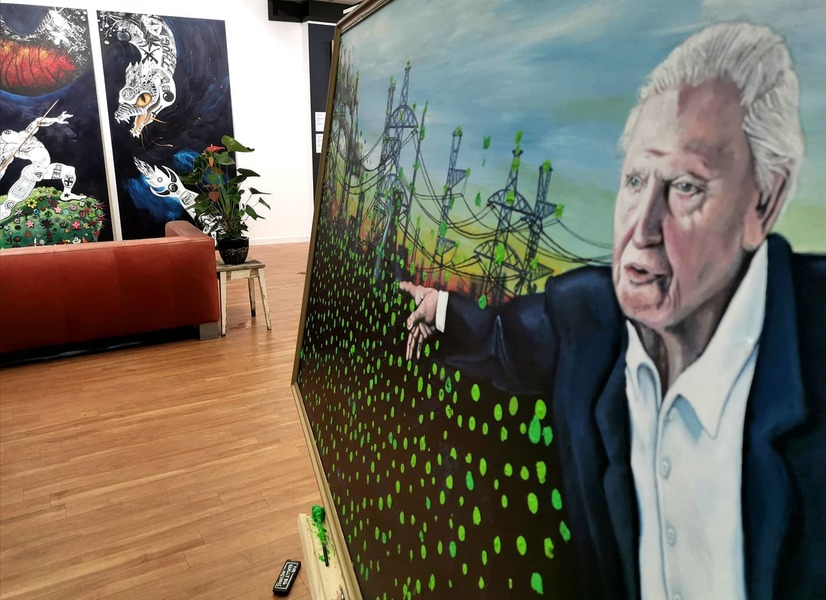 On this artwork 'David Attenborough Rewilds The World' have contributed over 1.250 people to state that every individual action to change climate change for the better counts.