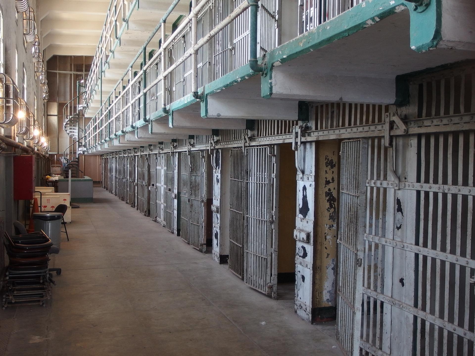 Alcatraz-2161656_1920