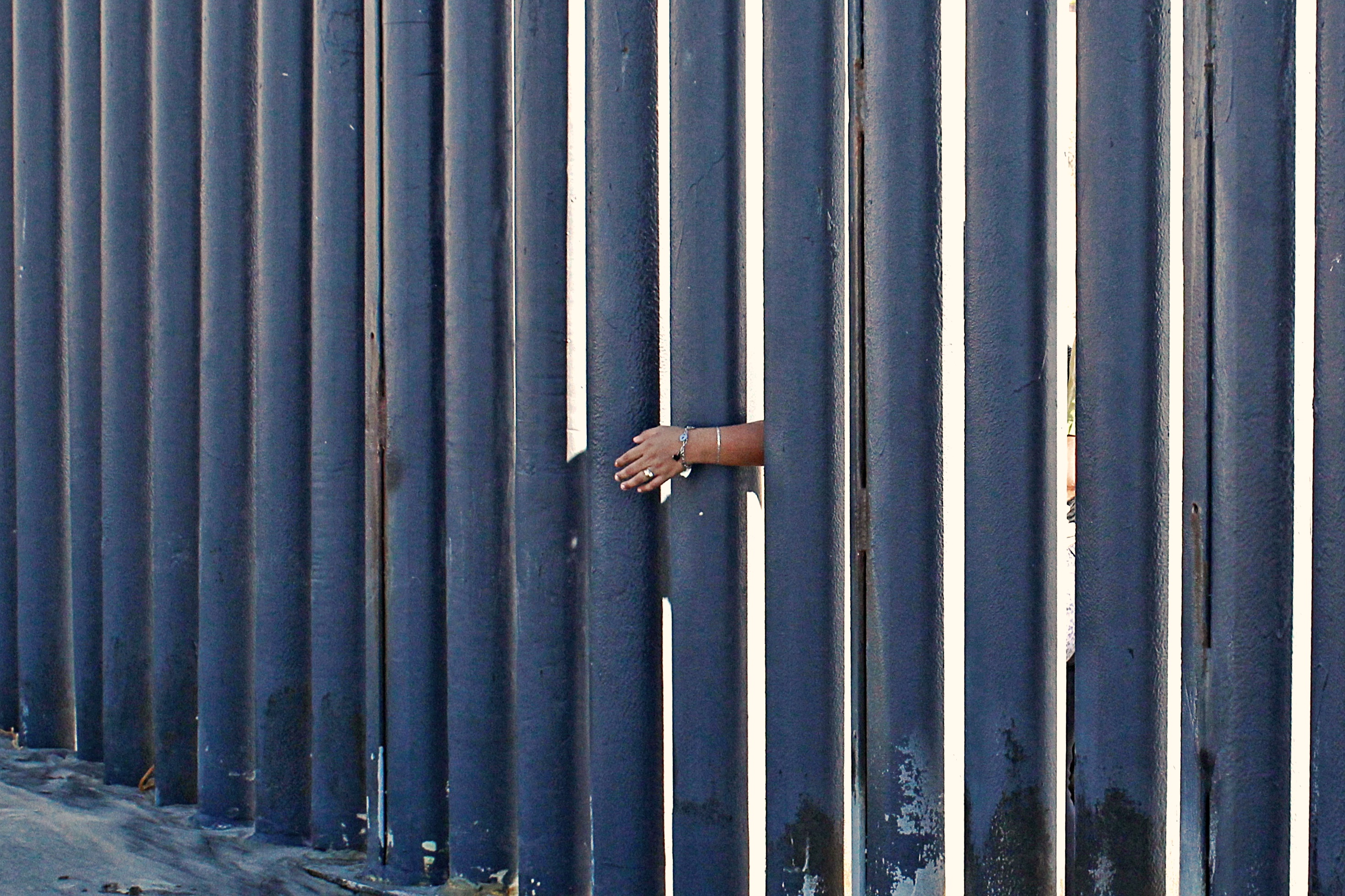 Istock_border_wall