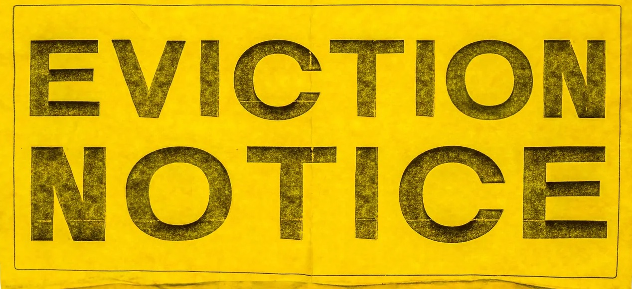 Ca7572c4-d6ea-4714-8956-6b754f04b09a-stock_image_of_eviction_notice_by_getty_images145712.jpg_copy