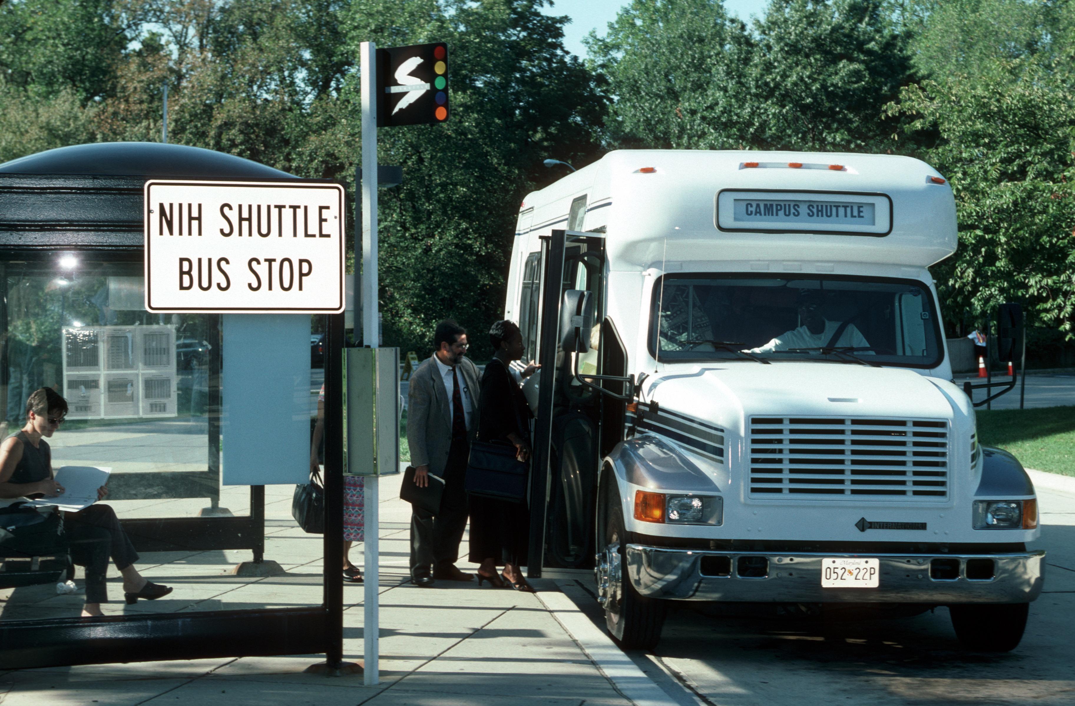 Nih_shuttle_stop_(1)