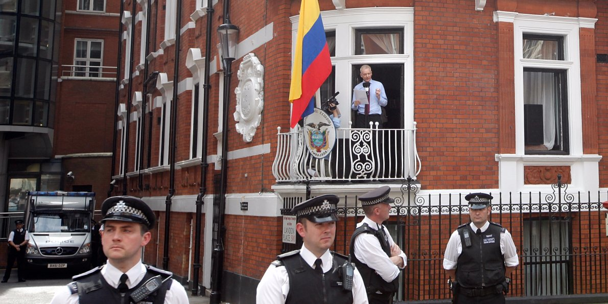 Ecuador-says-it-will-cooperate-with-sweden-over-the-questioning-of-julian-assange-in-its-london-embassy1