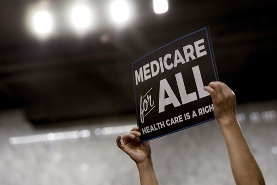 Medicare_for_all_(jim_watson_afp_getty_images)