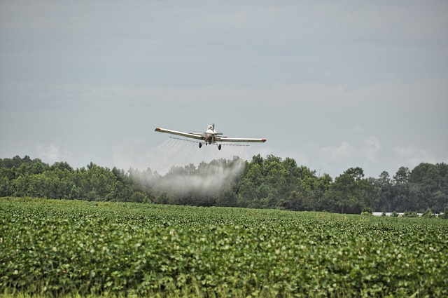Sprayer Airplane